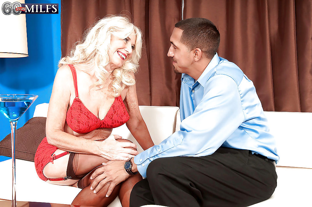 Big boobed blonde granny summeran winters dicked by younger man - part 1390