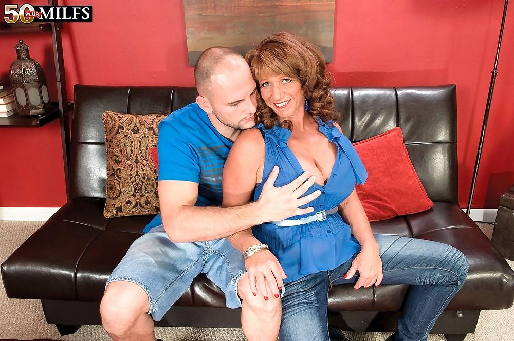 Big tits mature sheri fox fucked in doggystyle - part 4526