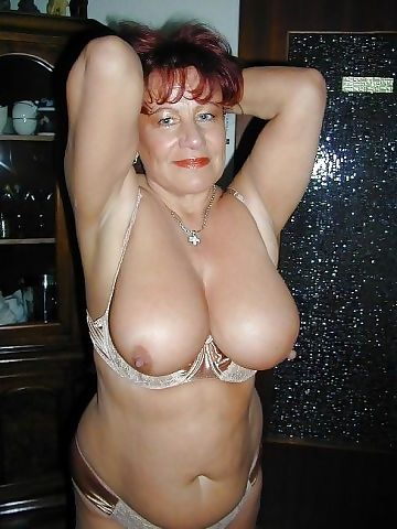 Amateur grannys - part 569