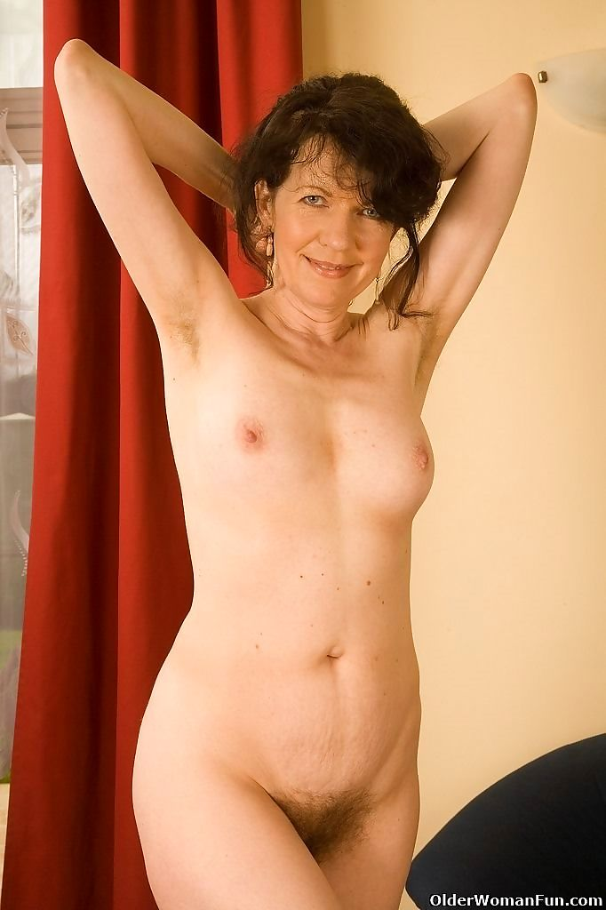 Hairy grandma evelyn strips off and fucks herself - part 4463