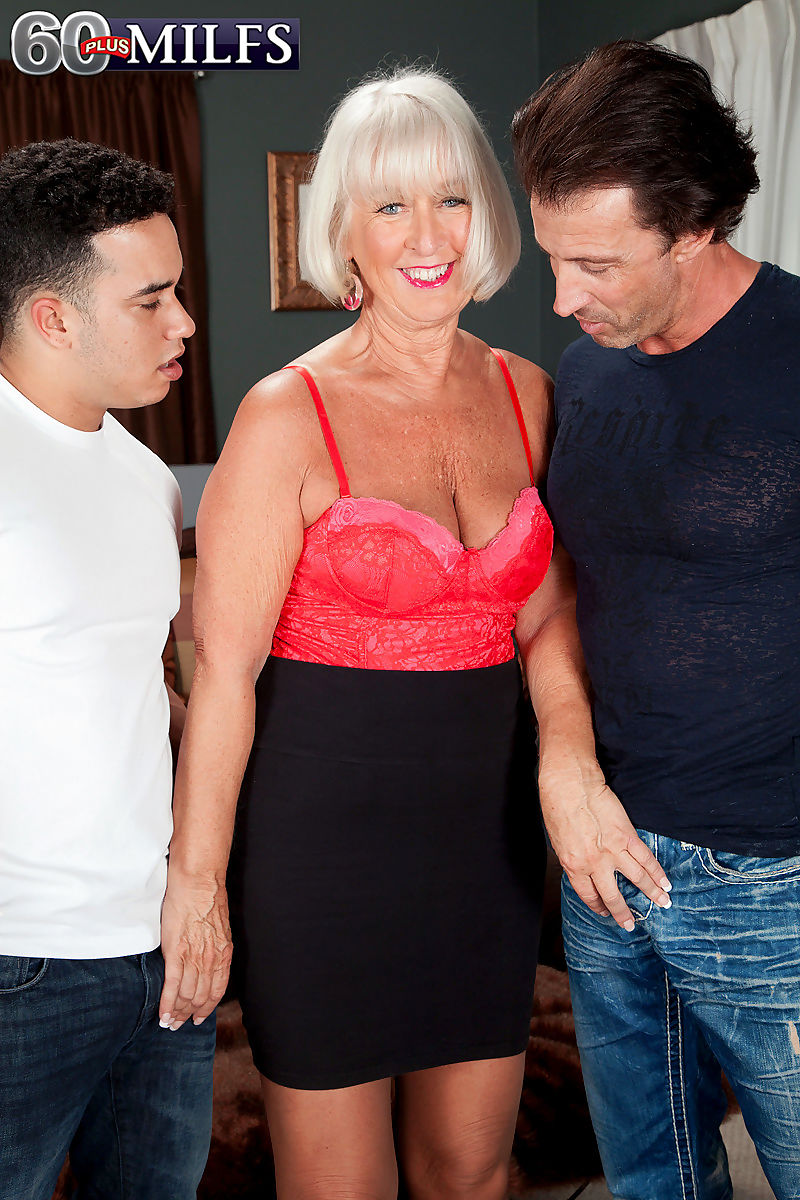 Sexy granny Jeannie Lou tangles with 2 younger cocks in pantyhose