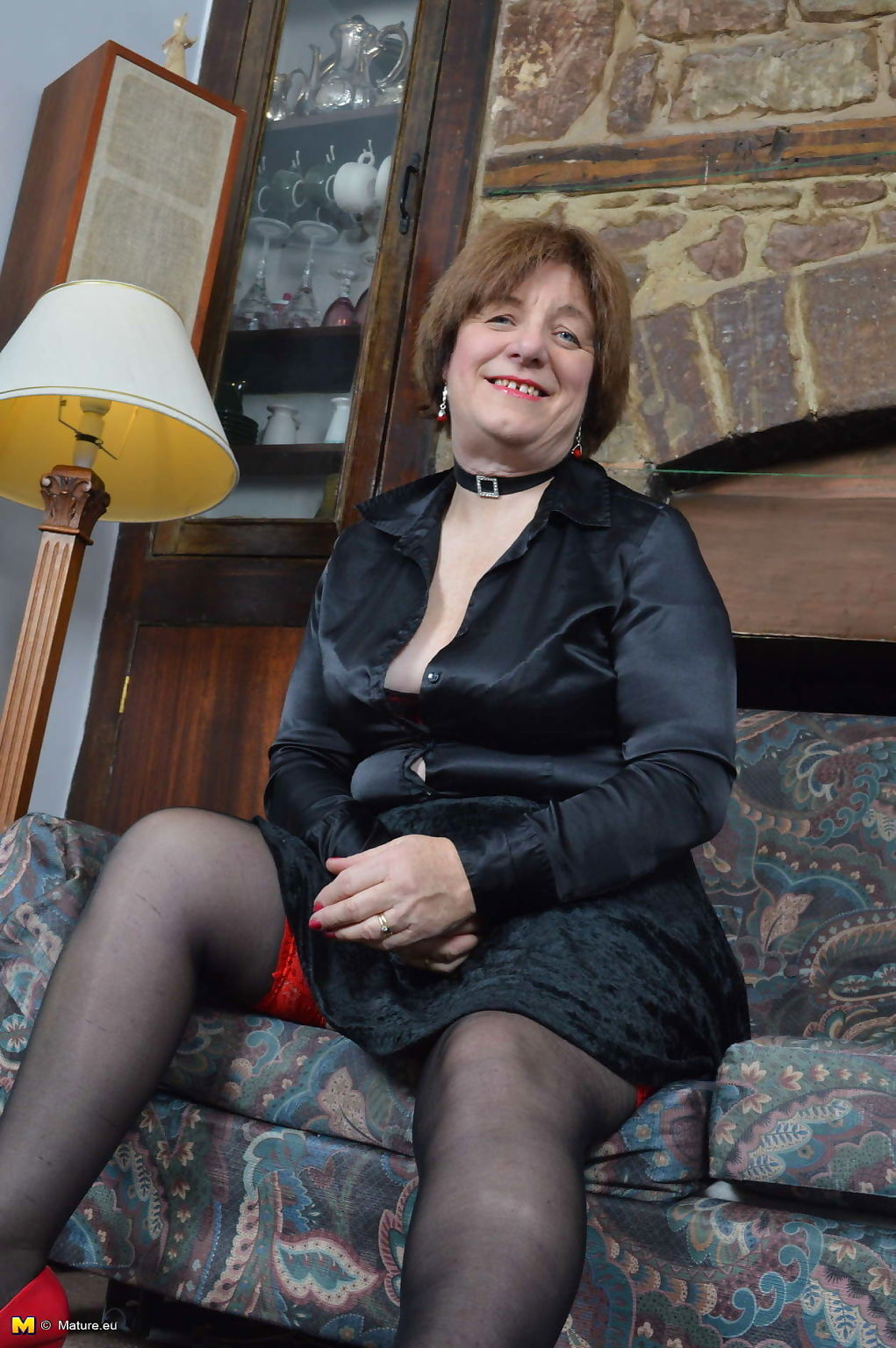 Naughty british mature slut janet wilson playing with herself - part 3085