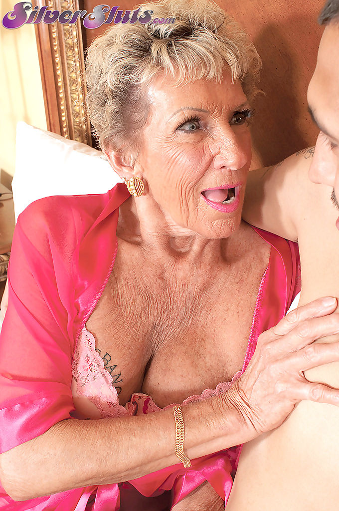 Grandmother sandra ann fucks her latino gigolo until he cums in - part 115