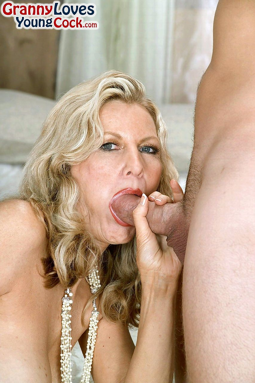 Busty granny Barushka goes pussy to mouth with a much younger man