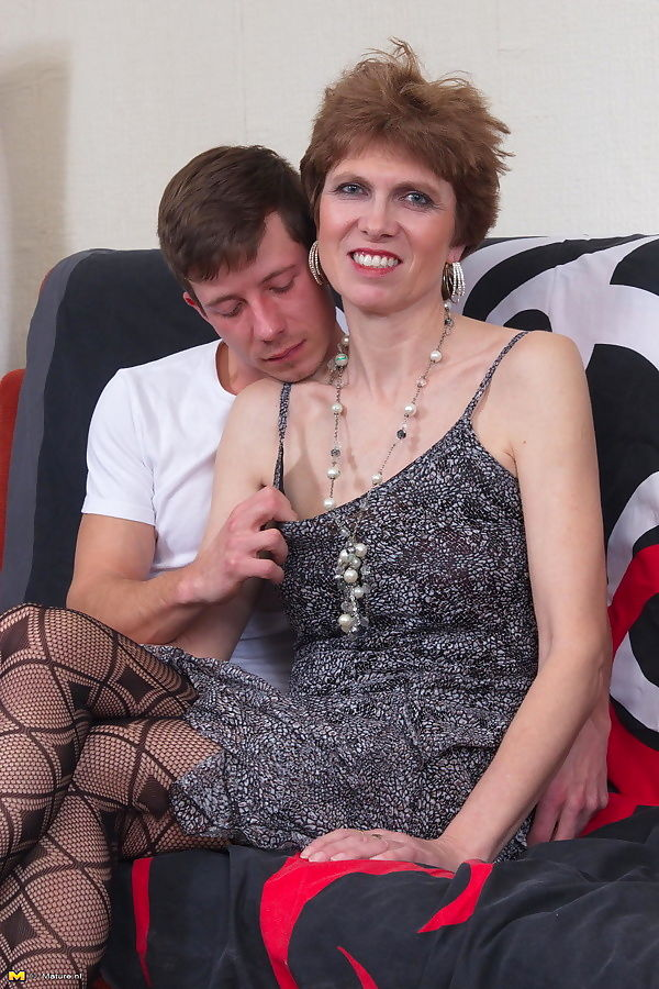 Horny toy boy getting naughty with a dirty housewife - part 425