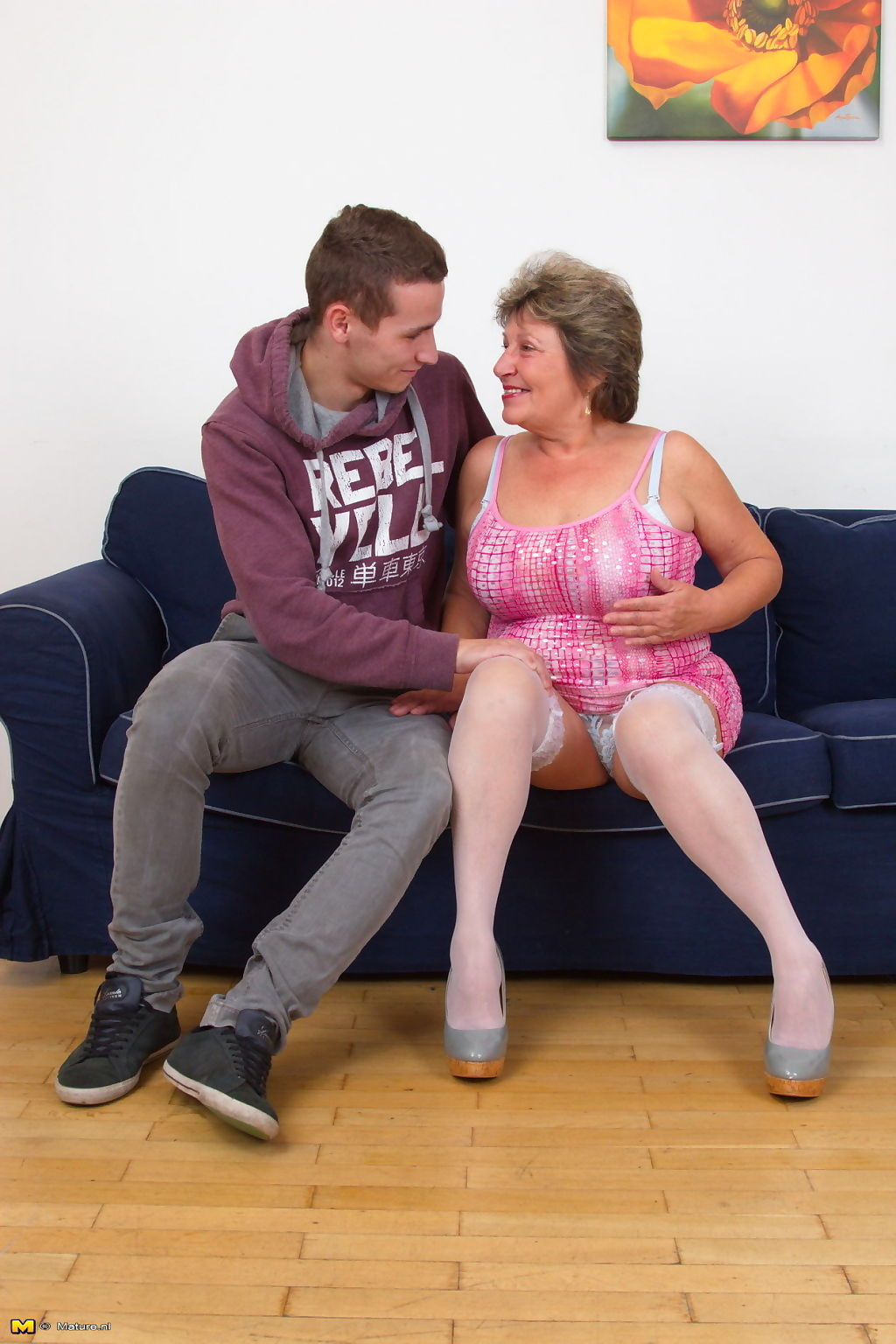 Horny mature slut playing with her toy boy - part 3504