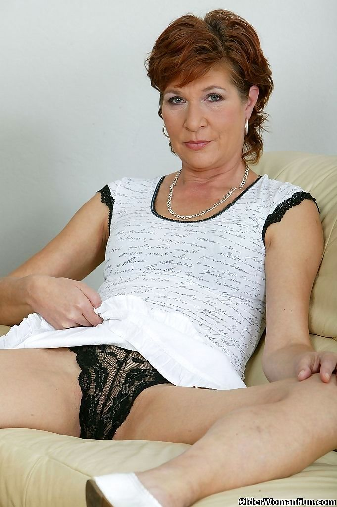 Mom dana sits on her vibrator - part 4770
