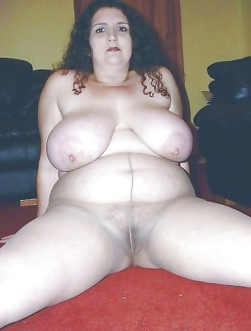 Granny with saggy tits - part 2593