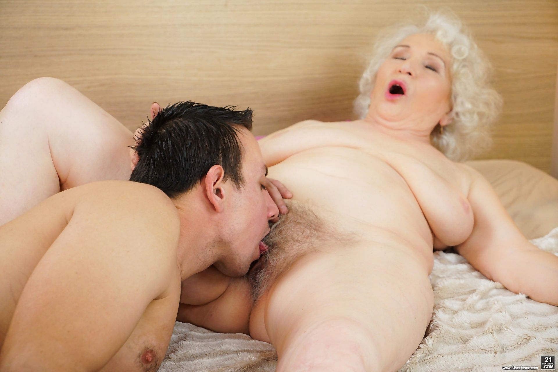 Busty granny norma knows that his young hard dick can satisfy her vintage treasu - part 390