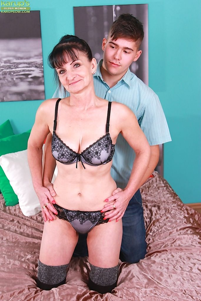 Hotrny olde granny in lace lingerie getting kissed and fucked by young boy toy