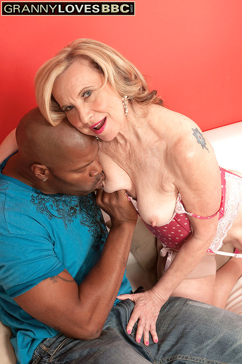 Blonde mature pornstar miranda torri - part 3473