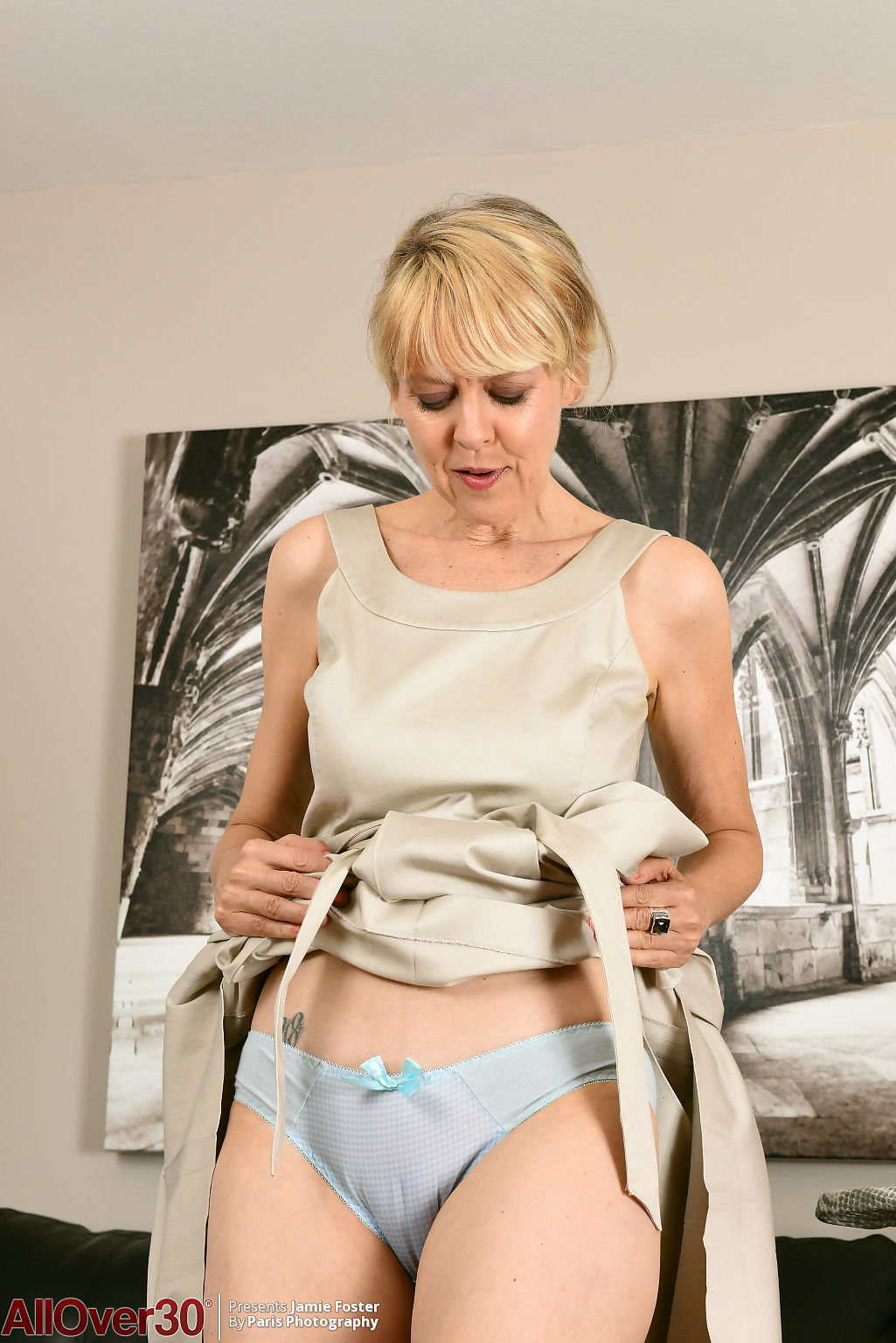 Jamie foster flirty housework - part 20