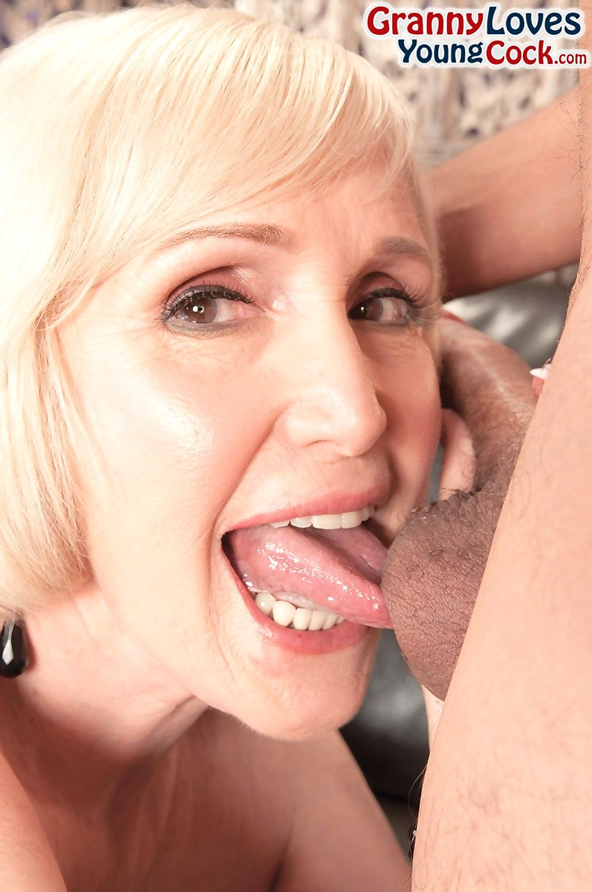 Energizing blonde granny sucks and licks balls before fucking and creampie