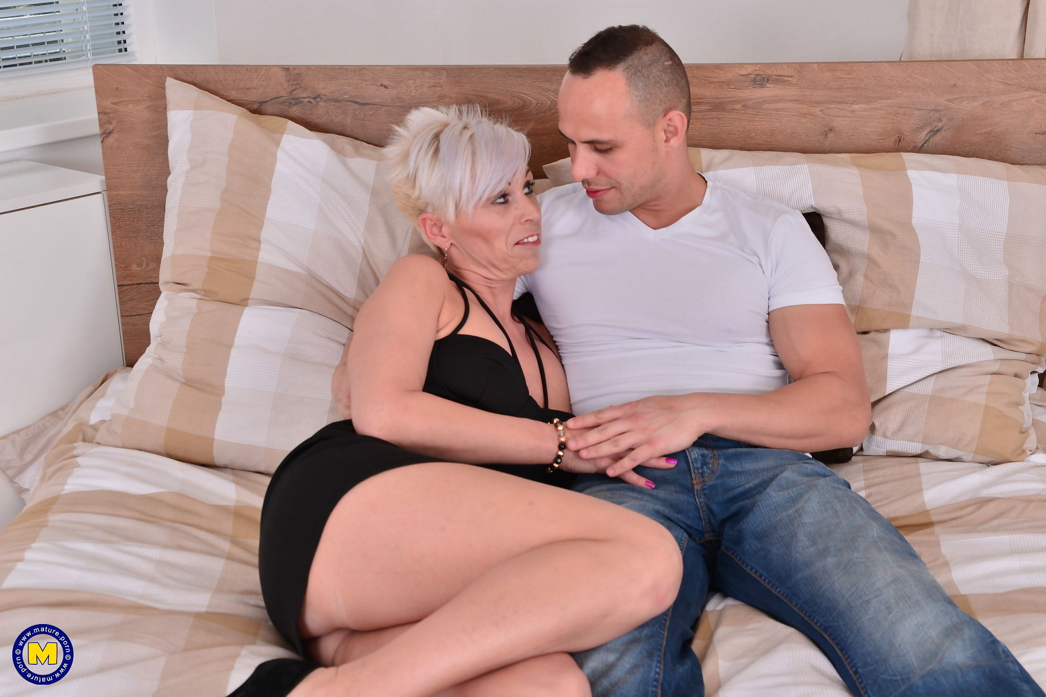 Horny housewife kathy white fooling around with her toy boy - part 2412