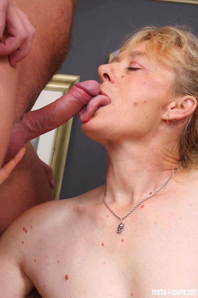 Real grannies get naked and fuck gallery 7 - part 1442