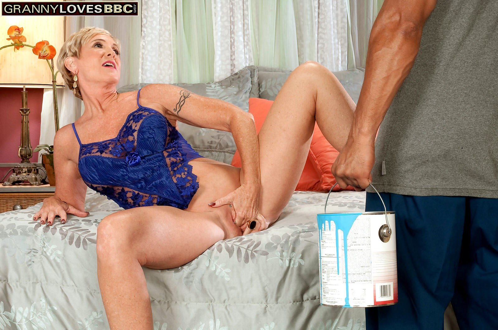 Granny honey ray is one cock craving black cock whore - part 193