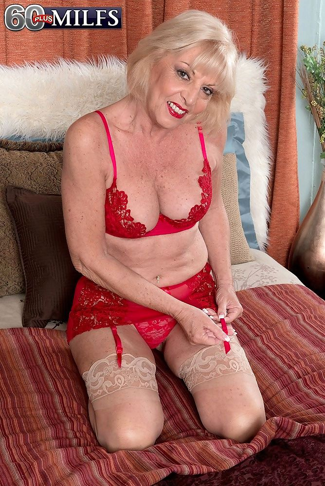 A creampie for grandma scarlet andrews - part 3927