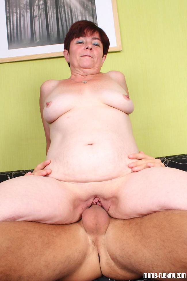 Real grannies get naked and fuck gallery 5 - part 1440