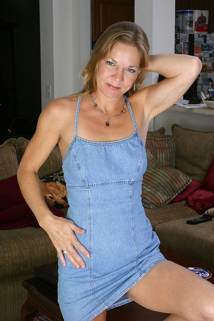 Old babes, moms and milfs, mature women and senior ladies in action at kinky mat - part 38