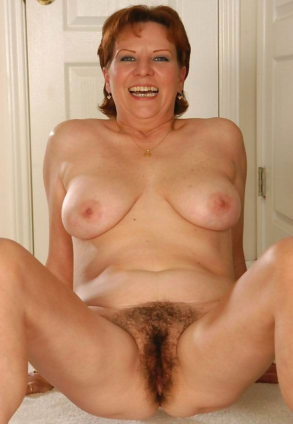 Hairy granny - part 2354