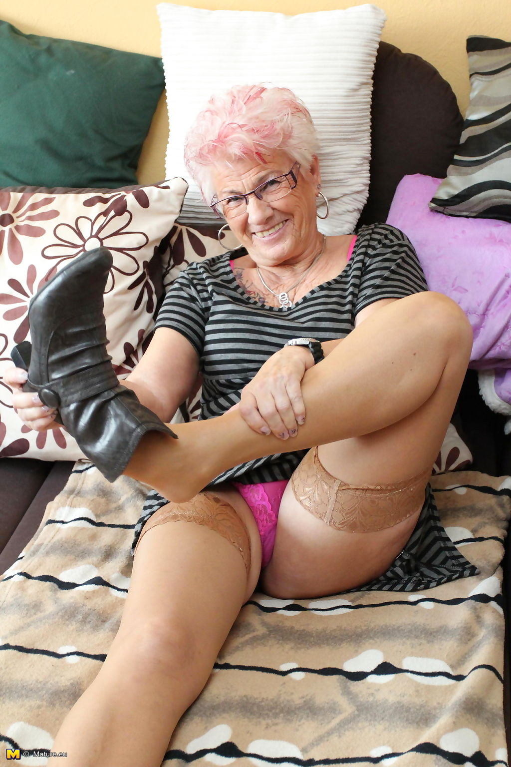 Mature gerdi is one horny german housewife - part 189