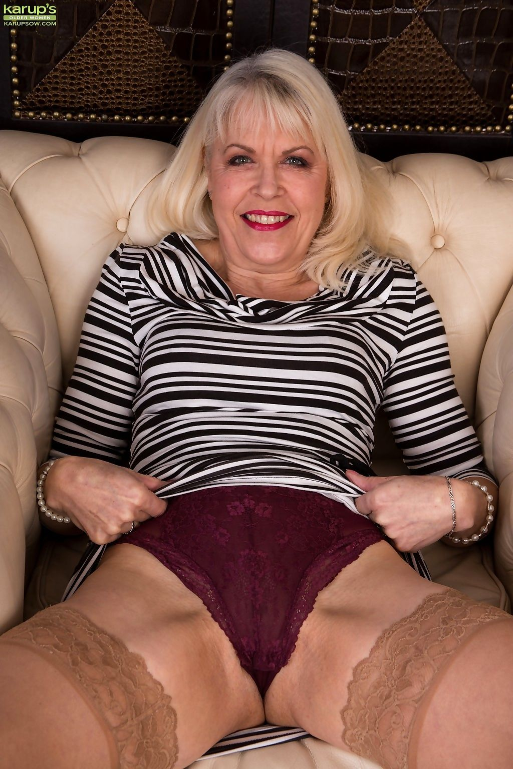 Mature blonde margaret holt spreads wide on a chesterfield chair - part 9