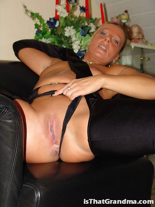 Grandma naked - part 3749