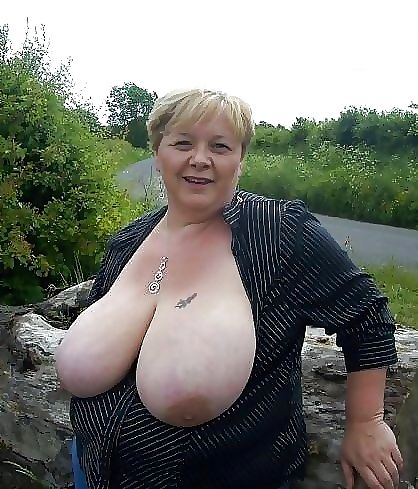 Hot nude granny - part 1576