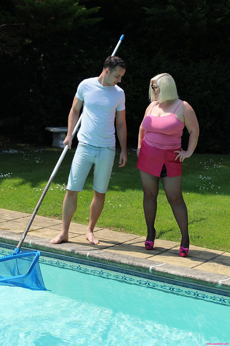 Blonde granny Lacey Starr gets jizz on face after seducing the pool boy