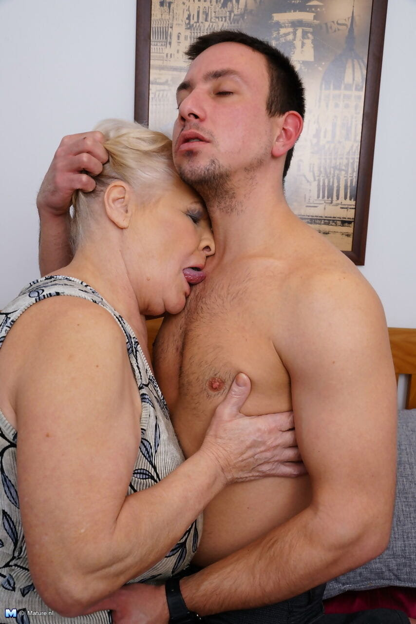 Obese granny undresses her new boy toy for for a pleasing bedroom fuck