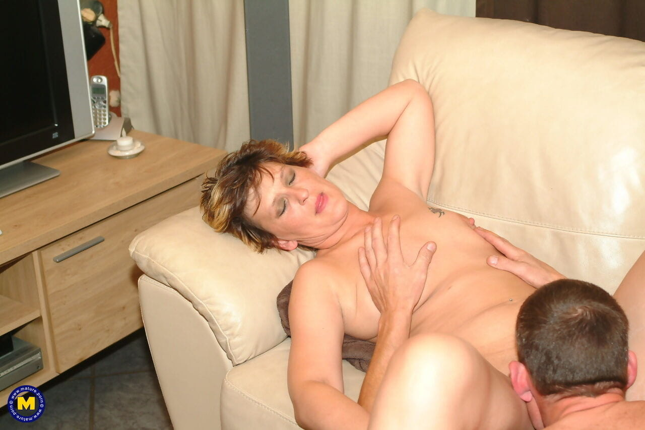 Shaved mature Pleunie gets eaten before she receives her lovers pecker