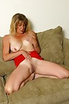 Milf kylie shows her fuckable body - part 4394