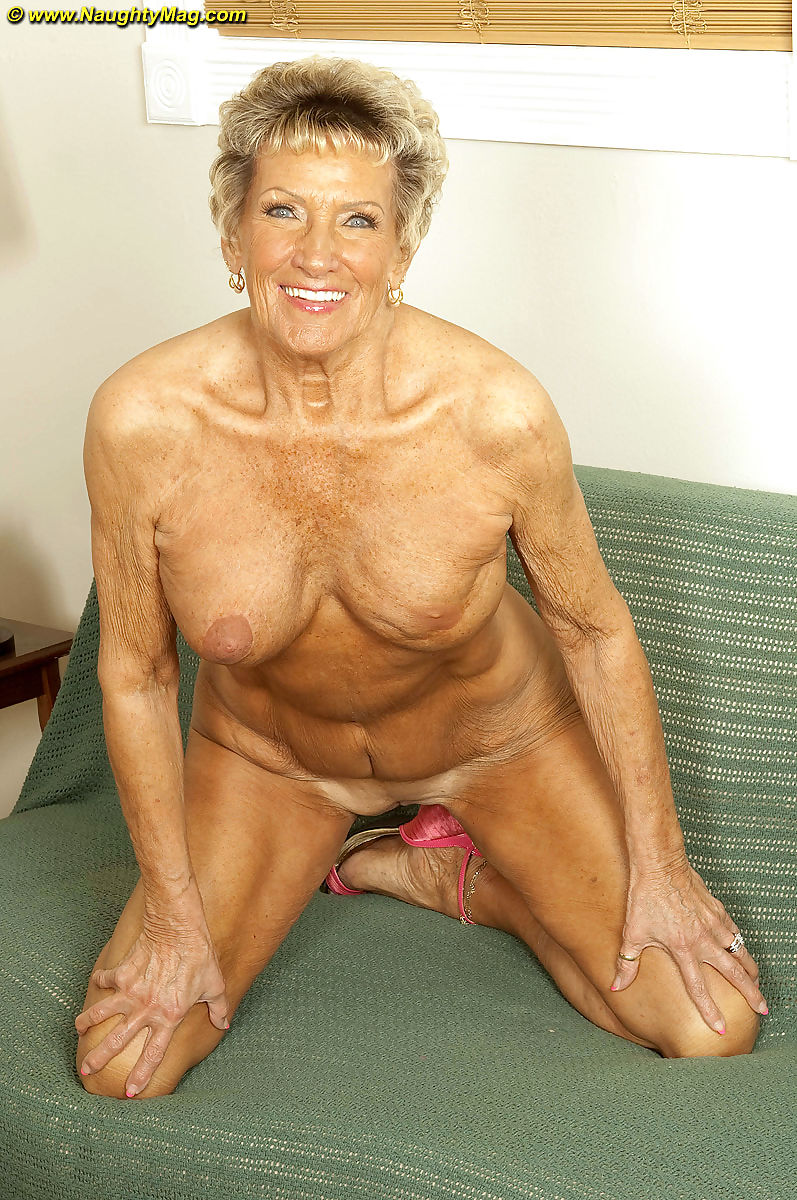 Nackt granny bilder Granny Nude