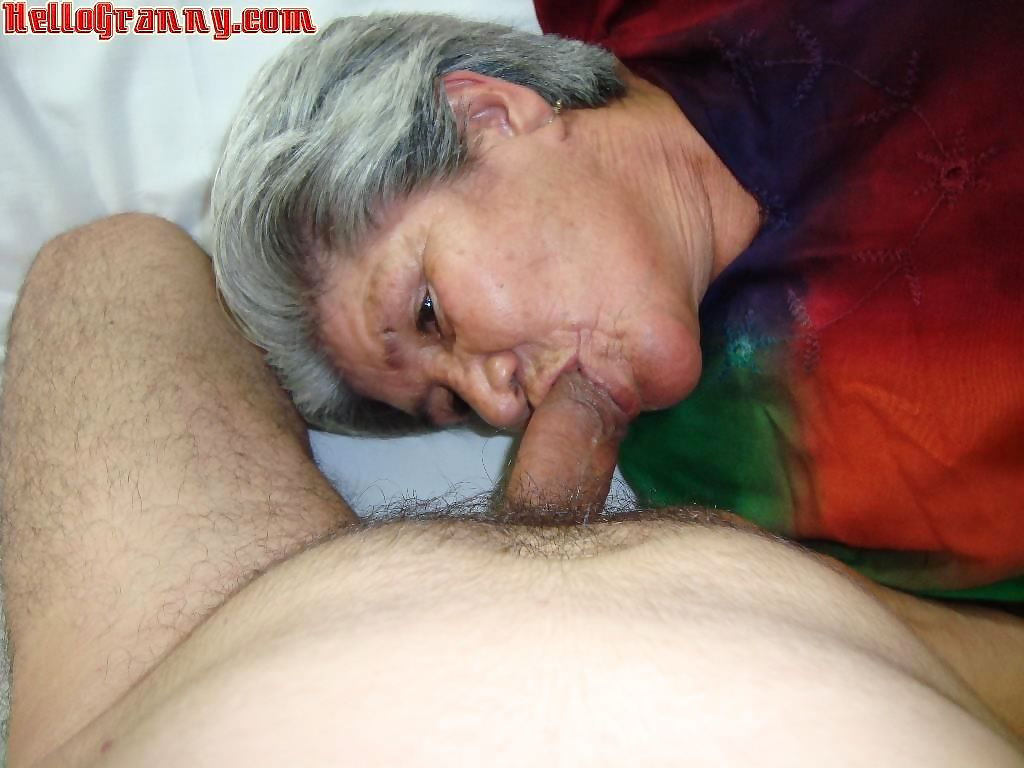 Horny granny woman - part 1688
